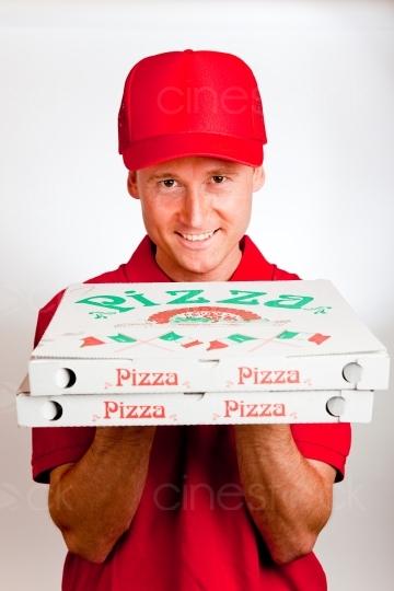 Typ Gewinnt Massage Von Pizzalieferantin