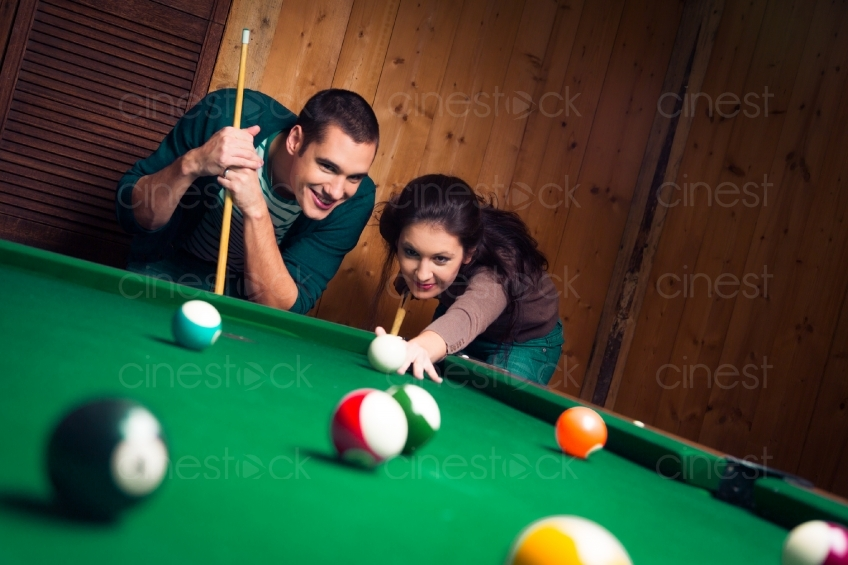 Billiardspielen